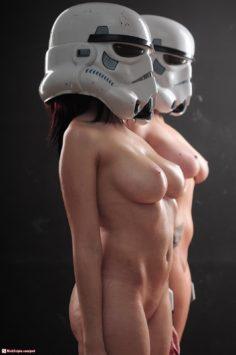 Star Wars Stormtroopers NUDE cosplay