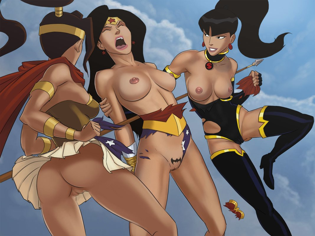 nude-wonder-woman-animated
